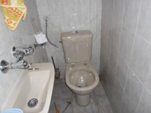 Демонтаж и монтаж на тоалетна чиния