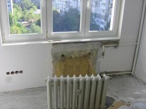 Демонтаж на радиатори топлофикация